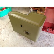 1943 - 1945 Late fuel tank